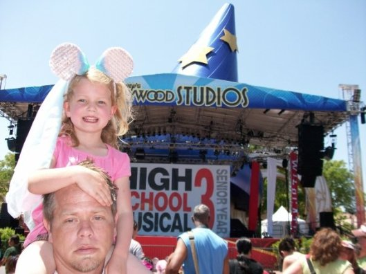 disney-emma-and-dad